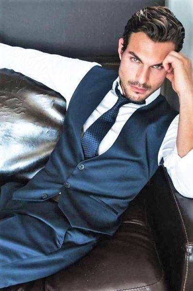 bcd690127da0 Stílusikon férfiak a nagyvilágból   Stílustükör - Az öltözködés ...